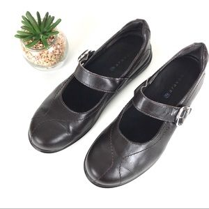 Aravon Flats Mary Jane Leather Brown Size 7.5